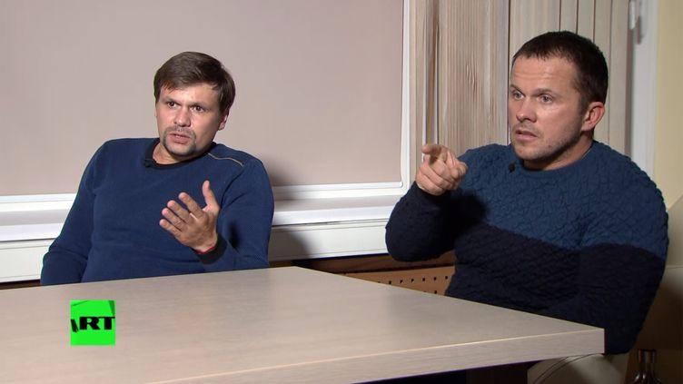 Ruslan Boshirov et Alexander Petrov, les deux suspects de l'affaire Skripal, interviewés par la chaîne russe RT, le 13 septembre 2018. (RT)