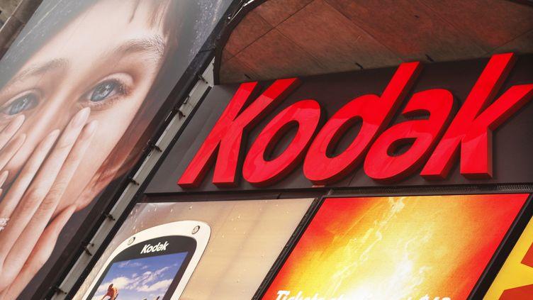 Kodak, aujourd'hui en difficulté, a été un pionnier dans le domaine de la photographie. (EDUARDO MUNOZ / REUTERS)