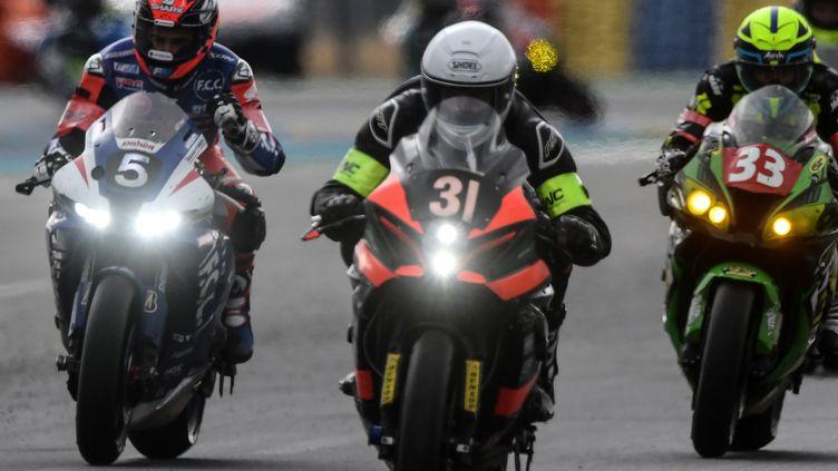 Mike Di Meglio, sur la Honda N.5, vainqueur des 24h du Mans motos le 30 août 2020 (JEAN-FRANCOIS MONIER / AFP)