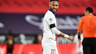 Neymar et les Parisiens ont été accrochés par le Stade Rennais lors de la 36e journée de Ligue 1, le 9 mai 2021 (1-1). (FRED TANNEAU / AFP)