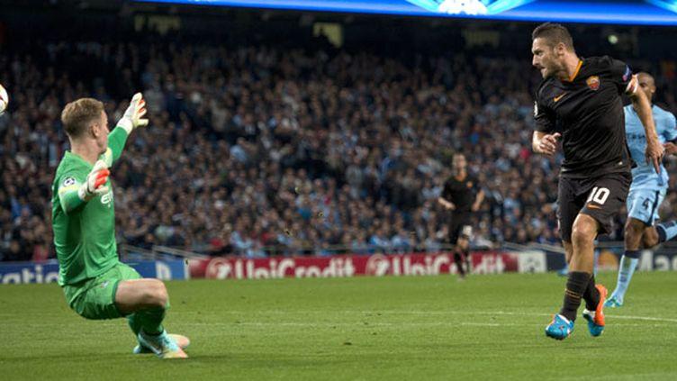 L'attaquant italien de l'AS Roma Francesco Totti est devenu le plus vieux buteur de la C1