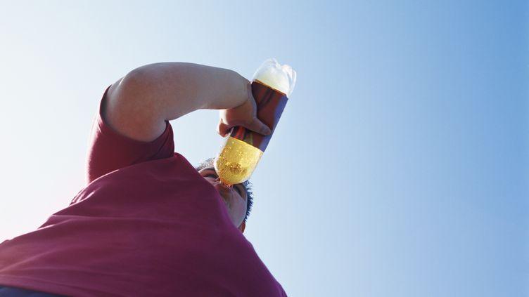 Les boissons sucrées sont caloriques mais n'ont aucun effet sur le sentiment de satiété. (DIGITAL VISION / GETTY IMAGES)