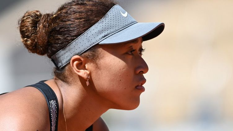 Naomi Osaka lors du premier tour de Roland-Garros, le 30 mai 2021, à Paris. (MUSTAFA YALCIN / ANADOLU AGENCY)