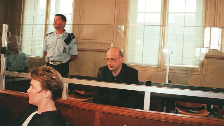 Jean-Claude Romand lors de son procès à Bourg-en-Bresse (Ain), le 25 juin 1996. (STÉPHANE RUET / SYGMA / GETTY IMAGES)
