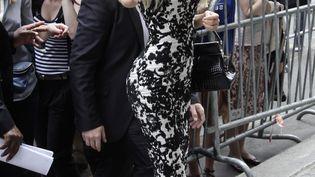 L'ancienne call-girl Zahia arrive au défilé Jean-Paul Gaultier à Paris, le 4 juillet 2012. (MAXPPP)