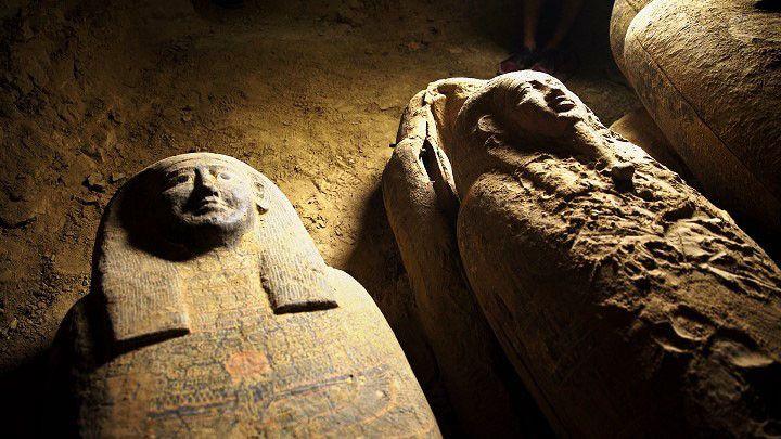 Des sarcophages découverts fin août dans la nécropole de Saqqara. (- / EGYPTIAN MINISTRY OF ANTIQUITIES)