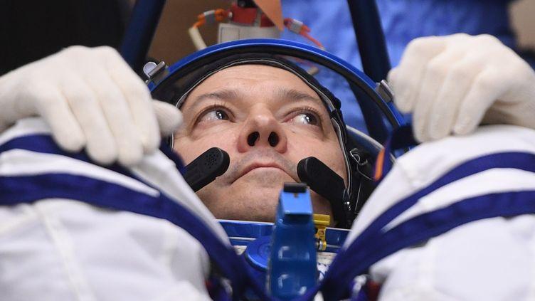 Le cosmonaute russe Oleg Kononenko dans sa combinaison de vol, à Baïkonour (Kazakhstan), le 3 décembre 2018. (GRIGORY SYSOEV / SPUTNIK / AFP)