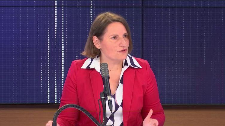Valérie Rabault, présidente du groupe Socialistes et apparentés à l'Assemblée nationale, invitée de franceinfo mardi 4 août 2020. (FRANCEINFO / RADIO FRANCE)