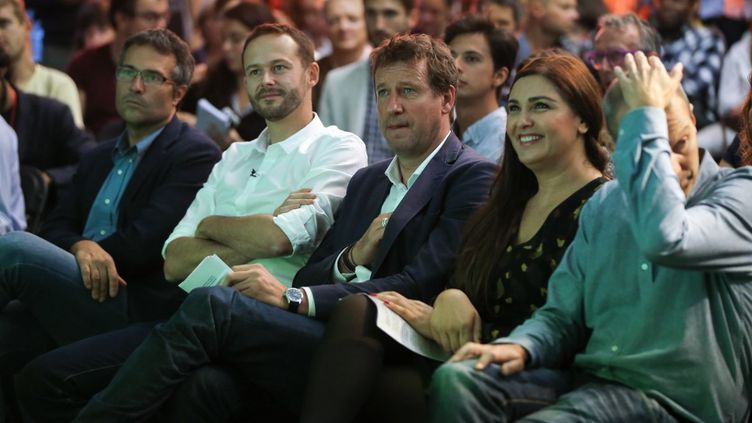 De droite à gauche, les députés européens EELV David Cormant, Salima Yenbou, Yannick Jadot et David Belliard, qui était le candidat vert à la mairie de Paris le 24 septembre 2019 à Paris. (MICHEL STOUPAK / NURPHOTO / AFP)