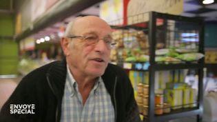 """Envoyé spécial. Gérard, 71 ans, ancien agriculteur : """"On s'y habitue, à la pauvreté"""" (ENVOYÉ SPÉCIAL  / FRANCE 2)"""