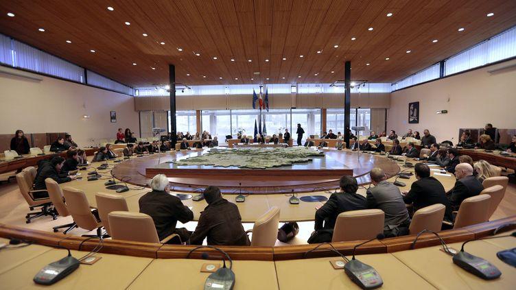 Le conseil départemental de l'Essonne, à Evry, le 14 décembre 2012. (NICOLAS TAVERNIER / REA)