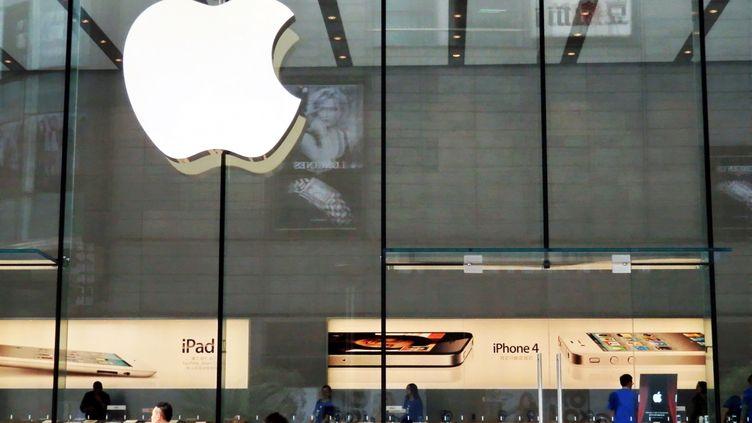 Un Apple Store à Shangaï, en Chine, le 21 septembre 2011. (JING WEI / IMAGINECHINA)