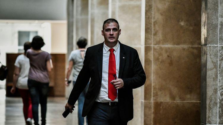 Yvan Benedetti,figure de l'ultradroite, au palais de justice de Lyon (Rhône) le 4 juin 2018. (JEFF PACHOUD / AFP)