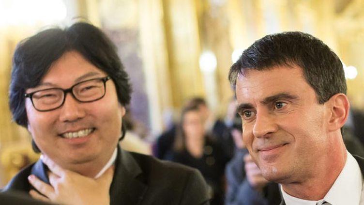 (Jean-Vincent Placé et Manuel Valls, ici en octobre 2014 au Sénat © MAXPPP)