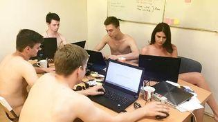 Des salariés de l'entreprise biélorusse IRM Creative. (IRM CREATIVE / INSTAGRAM)