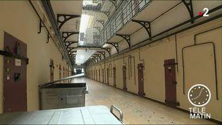 La prison de Fresnes est surpeuplée. (FRANCE 2)