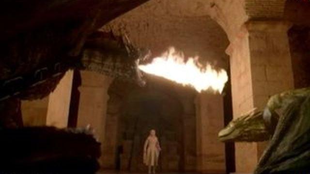 Quand la série télé Game of Thrones entre au carrousel du Louvre