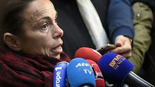 L'ancienne présidente de l'INA (Institut national de l'audiovisuel), Agnès Saal, le 11 avril 2016, devant le tribunal de Créteil (Val-de-Marne). (LIONEL BONAVENTURE / AFP)