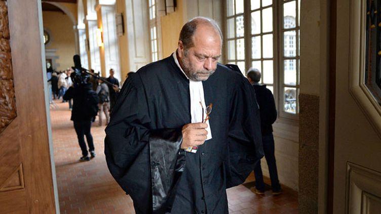(L'avocat Eric Dupont-Moretti à l'ouverture du procès de sa cliente, Laurence Nait Kaoudjt © MaxPPP)
