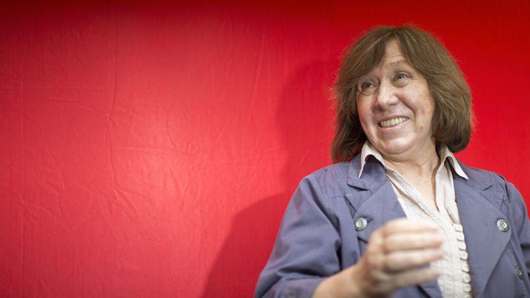 La romancière et journaliste bélarusse Svetlana Alexievitch, est la favorite des parieurs et des milieux littéraires  (Anke Waelischmiller/SVEN SIMON / picture alliance / Picture-Alliance/AFP)