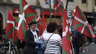 Lors d'une manifestation pour la libération de prisonniers ETA à Bilbao, le 21 avril 2018. (ANDER GILLENEA / AFP)