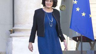 La ministre du Travail Myriam El Khomri quitte le Conseil des ministres au Palais de l'Elysée, le 2 mars 2016  (JACQUES BRINON/AP / SIPA)