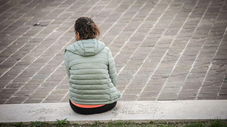 Une personne au Jardin des plantes, à Paris (illustration). (LUC NOBOUT / IP3 PRESS / MAXPPP)