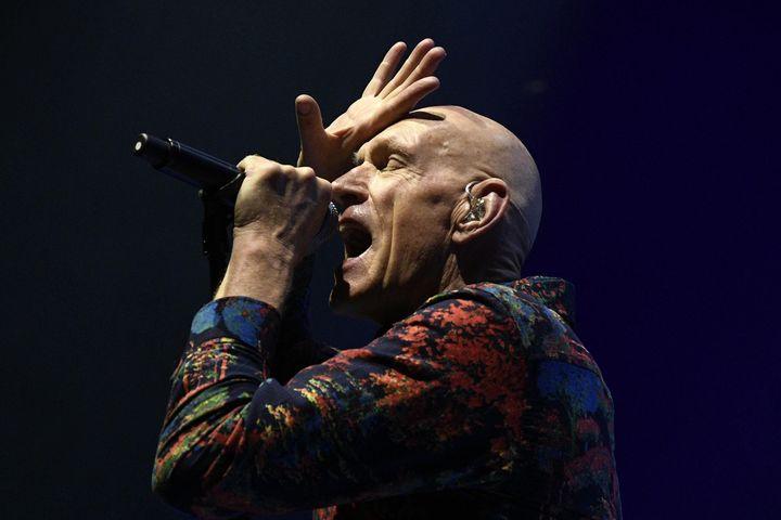 Peter Garrett, le charismatique chanteur de Midnight Oil aux Nuits de Fourvière. (JOEL PHILIPPON / MAXPPP)
