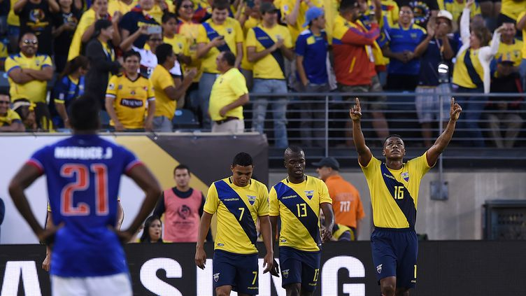 La joie des joueurs équatoriens (DON EMMERT / AFP)