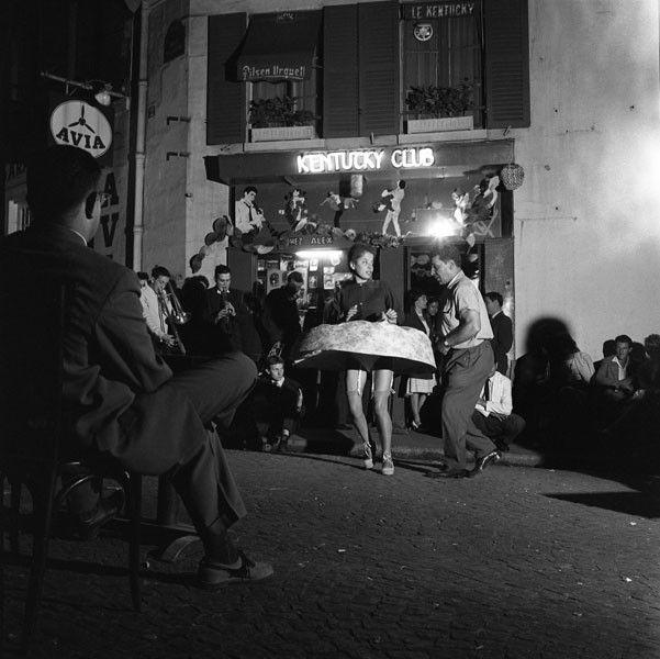 "Robert Doisneau, ""La Toupie"", 14 juillet 1959  (Robert Doisneau - Gamma Rapho)"