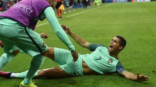La joie de Cristiano Ronaldo, lors de la demi-finale de l'Euro Portugal-Pays de Galles, le 6 juillet 2016 à Lyon. (PAUL ELLIS / AFP)