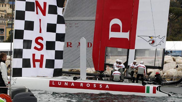 Le bateau italien Luna Rossa