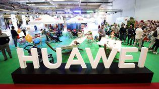Le président américain Donald Trump a signé un décret interdisant aux entreprises américaines d'utiliser les équipements de l'entreprise chinoise Huawei. (JAAP ARRIENS / NURPHOTO / AFP)