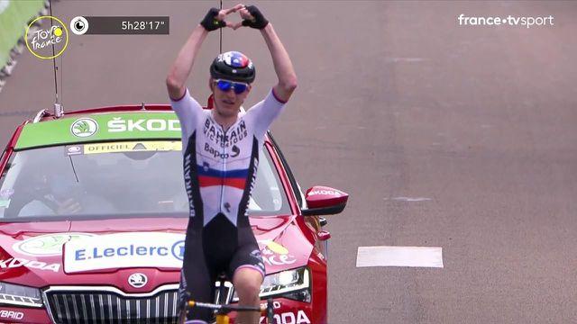 Le Slovène a su se montrer plus solide et s'offre une victoire de prestige sur le Tour de France ! Le vainqueur du jour s'empare également du maillot à pois ! Jasper Stuyven et Magnus Cort Nielsen complètent le podium !