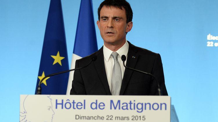 Manuel Valls, le 22 mars 2015, à Paris, après le premier tour des élections départementales. (ALAIN JOCARD / AFP)