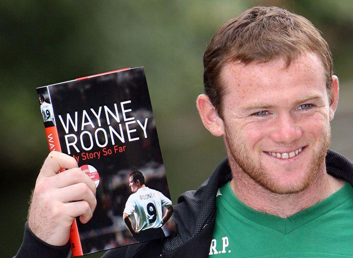 Le footballeur Wayne Rooney lors de la sortie de son autobiographie, le 10 août 2006. (PAUL ELLIS / AFP)