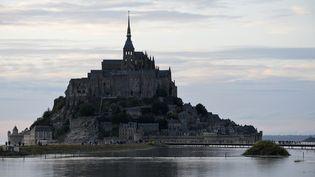 Le Tour de France 2016 s'élancera de la Manche, département où est situé le Mont-Saint-Michel. (MIGUEL MEDINA / AFP)