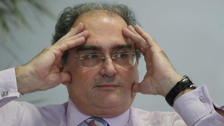 Paul Giacobbi, le président du conseil exécutif de Corse, lors d'une conférence de presse à Ajaccio, le 7 novembre 2011. ( MAXPPP)