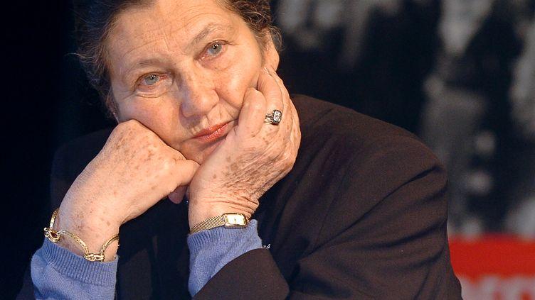 Simone Veil, le 25 janvier 2005 à Drancy (Seine-Saint-Denis). (JEAN AYISSI / AFP)
