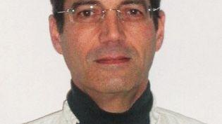 Le portrait de Xavier Dupont de Ligonnès, suspecté du meurtre de sa femme et de ses quatre enfants à Nantes (Loire-Atlantique). Il fait l'objet d'un mandat d'arrêt international.  (- / AFP)