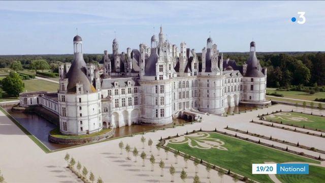 Chambord : La Fontaine a-t-il immortalisé son passage dans la pierre du château ?