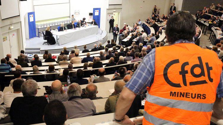 Le jugement en appel du préjudice d'anxiété pour les mineurs de charbon de Moselle-Est, qui réclamaient réparation auprès des Charbonnages de France, en mai 2017 à Metz. (GILLES WIRTZ / MAXPPP)