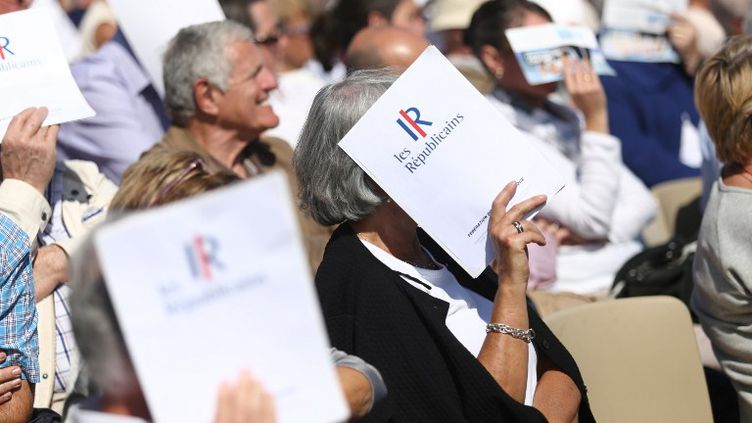 Des militants Les Républicains lors de l'université d'été du parti à La Baule (Loire-Atlantique), le 5 septembre 2015. (THIBAUT GODET / CITIZENSIDE.COM / AFP)