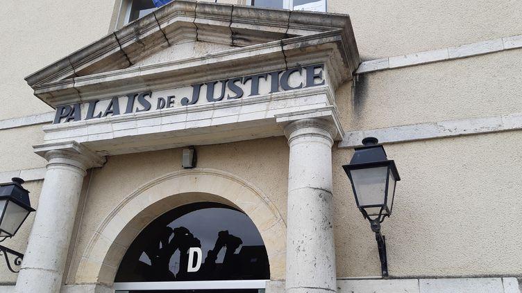 Le palais de justice de Montargis dans le Loiret, le 14 janvier 2020. (ANNE OGER / FRANCE-BLEU ORLÉANS)