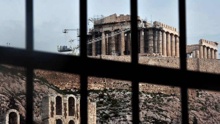 Vue de l'acropole d'Athènes (Grèce), le 8 mars 2013. (LOUISA GOULIAMAKI / AFP)