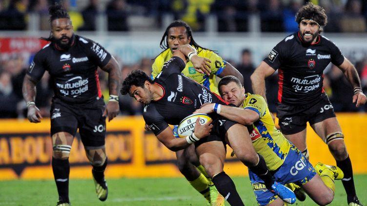Clermontois et Toulonnais favoris pour se retrouver en finale (THIERRY ZOCCOLAN / AFP)