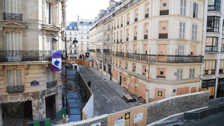 Les lieux de l'exposion, rue de Trévise à Paris, photographiés le 8 juillet 2019. (JACQUES DEMARTHON / AFP)