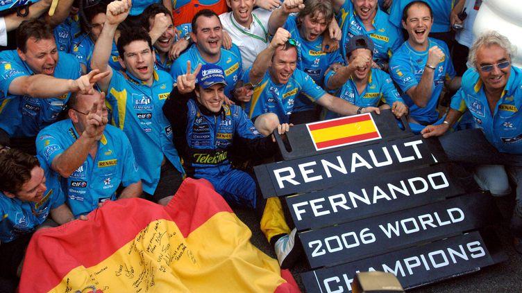 Fernando Alonso, le meilleur pilote de sa génération, a remporté ses deux titres avec Renault (RALF HIRSCHBERGER / DPA)