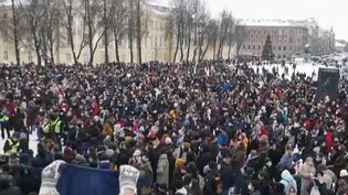 Russie : des milliers d'interpellations lors de manifestations pro-Navalny (FRANCE 2)