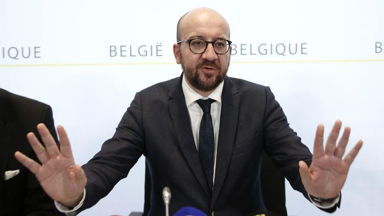 Le Premier ministre belge, Charles Michel, s'exprime lors d'une conférence de presse, le 21 novembre 2015, à Bruxelles. (FRANCOIS LENOIR / REUTERS)
